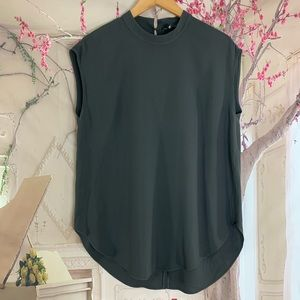 Eileen Fisher 100% Silk Gray sleeveless Crew neck